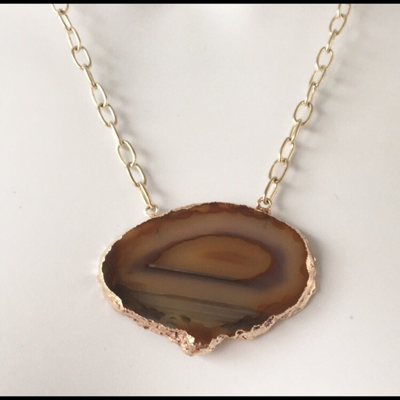 handmade Jewelry - Agate mineral necklace
